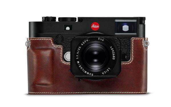 Leica-M10_Protector_vintage-brown_front.jpg