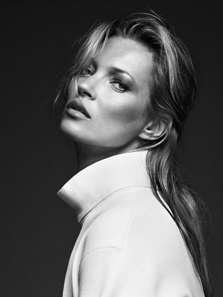 Kate-Moss-White-coat-2013-London-133x100-%2B-Frame.jpg