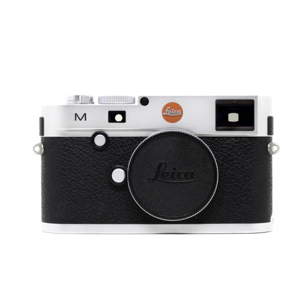 Leica%20M%20Typ%20240%20Silver%20-100%20Jahre-%20edition%20Front.jpg