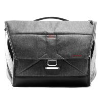 Peak Everyday Messenger Charcoal Grey