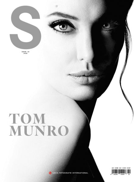 Leica-S-Magazine-10-Tom-Munro-iPad_Cover-K01.jpg