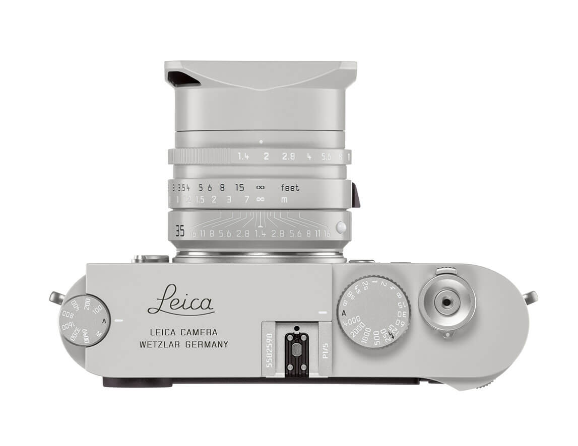 The Leica red dot is missing on this one